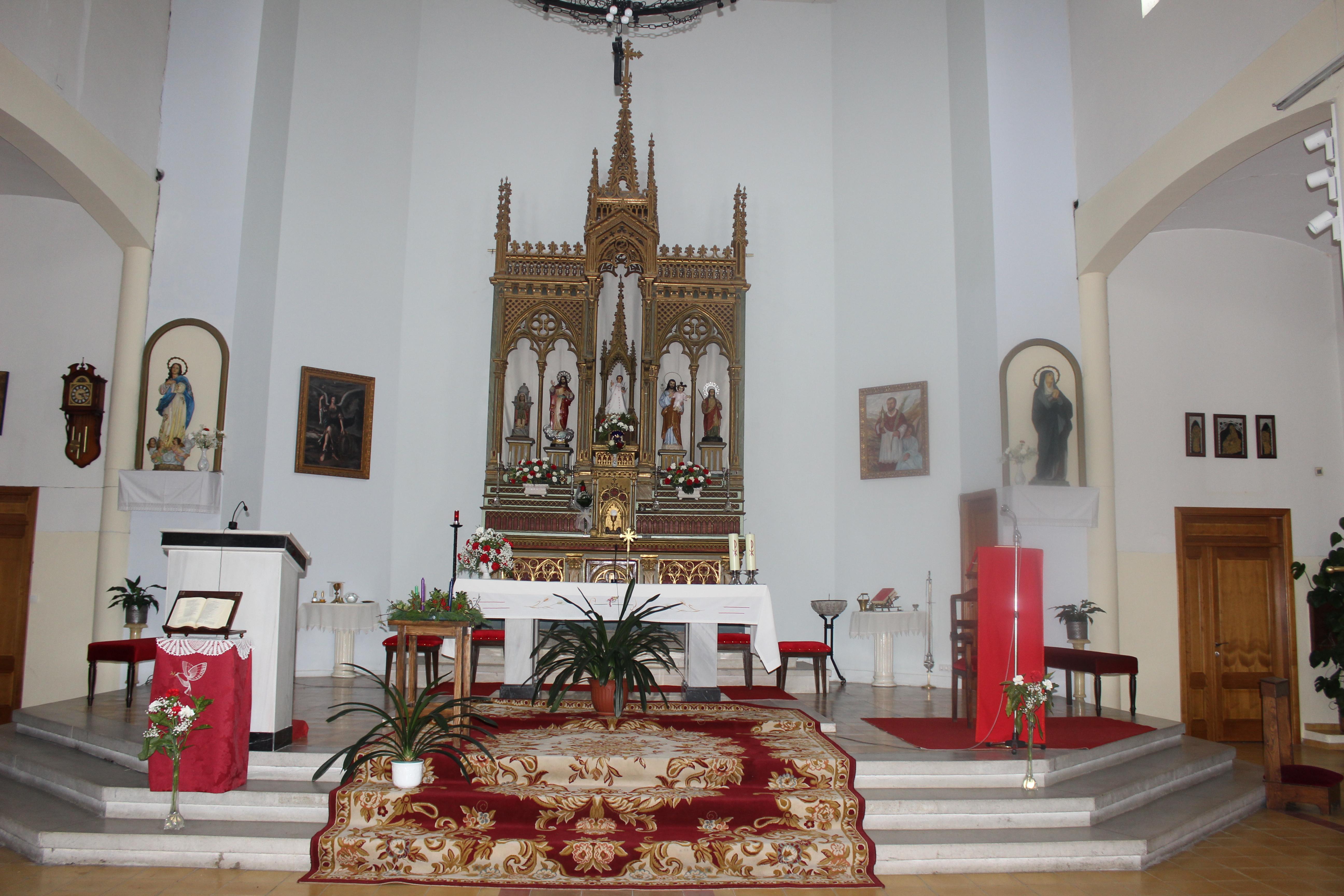 Horario de misas parroquia santa luc a de rairo ourense for Horario oficina santa lucia